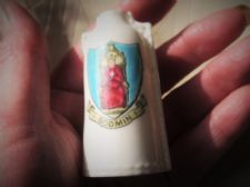 COLLECTABLE VINTAGE GOSS CRESTED WARE MINI BOTTLE BODMIN